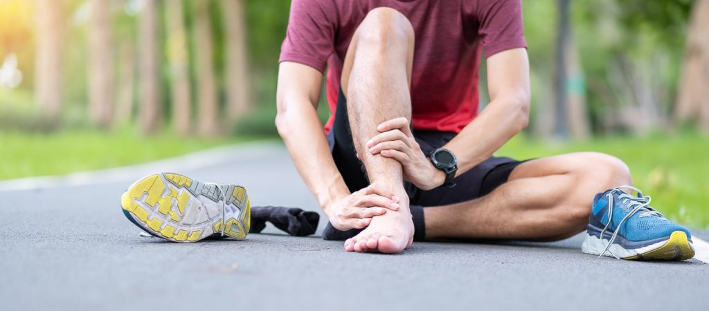 SPORTS PODIATRY AND INJURIES